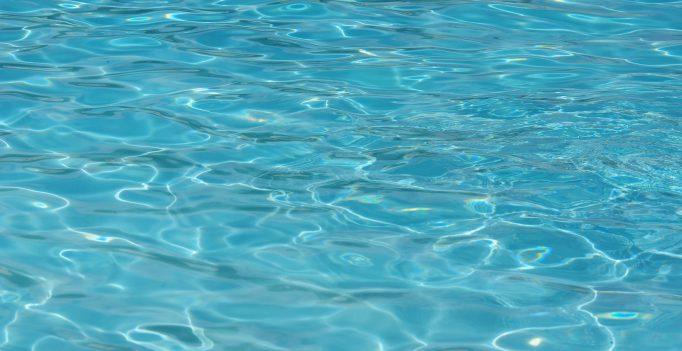 Zwembadwater